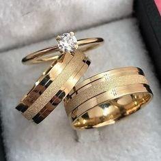 Wedding Ring Styles, Wedding Rings Simple, Beautiful Wedding Rings, Gold Wedding Rings, Wedding Ring Bands, Couple Ring Design, Couple Rings, Ring Verlobung, Designer Engagement Rings