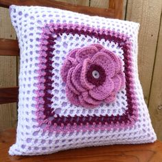 ok...don't judge me, but in the right colors, this would make such a cute throw pillow for a tween age girls room!