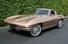 One of the classiest looking Corvettes ever - Hemmings Motor News blog.