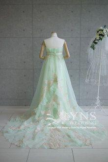 清楚なメロングリーンとエレガントなシャンパンレース!!|オーダーウエディングドレスショップ YNS WEDDING のブログ
