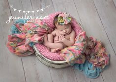 Newborn photography ideas by Isis Media #isis #photographer #professional