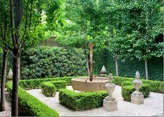 Belgian inspired garden. Landscape design by Glaus...