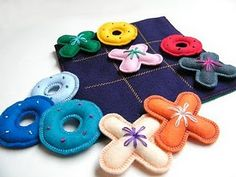 felt tic tac toe for quiet book? Sewing Toys, Sewing Crafts, Sewing Projects, Craft Projects, Sewing Basics, Sewing Hacks, Basic Sewing, Felt Crafts, Crafts For Kids