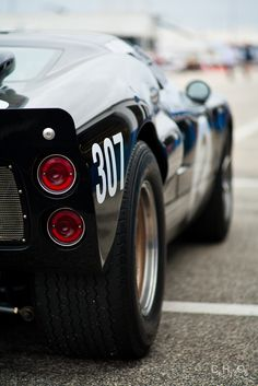Ford GT40, beautiful Black!