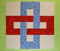 The Chain Link quilt block is deceptively simple. Just squares and rectangles. Throw in some partial seams and no one will believe you're a beginner!