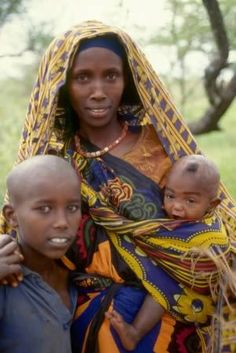 Africa | Somali family | ©African Film Productions