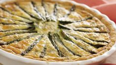 Salmon and Asparagus Quiche Smoked Salmon & Asparagus Quiche - An easy pat-in-the-pan crust makes quiche making a snap!Smoked Salmon & Asparagus Quiche - An easy pat-in-the-pan crust makes quiche making a snap! Smoked Salmon Quiche, Asparagus Quiche, Salmon And Asparagus, Salmon Frittata, Asparagus Dishes, Salmon Food, Best Quiche Recipes, Brunch Recipes, Breakfast Recipes