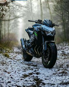 Send in your bike for a feature, I'm going through the next 200 DM's and picking Photo via: Futuristic Motorcycle, Motorcycle Bike, Super Bikes, Kawasaki Motorcycles, Cars And Motorcycles, Valentino Rossi Yamaha, Moto Wallpapers, Ninja Bike, Biker Photography