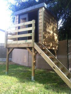 1000 ideas about cabane de jardin enfant on pinterest maisonnette wooden playhouse and - Cabane jardin toit plat pau ...