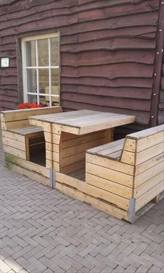 Outdoor Couch made from Pallets | Pallets Furniture Designs