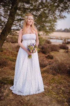 #bohemian #boho #chic #bruid #trouwjurk #bruidsjurk #bruidsjapon #trouwkleed #bruiloft #trouwen #huwelijk #trouwdag #inspiratie #wedding #inspiration   Photography: Sanne Popijus Fotografie   ThePerfectWedding.nl