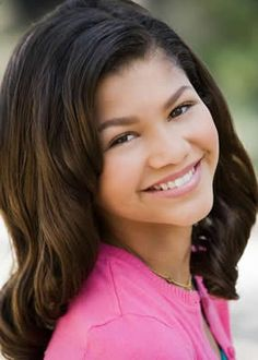 any one know zendayas last name is colman!?!?!?!?