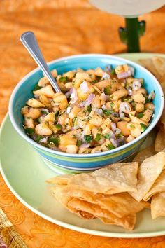 I love salsas of all kinds. Traditional red salsa, corn salsas, fruit salsas a it would be hard to nail down just one favorite. Last week we had fish tacos, and