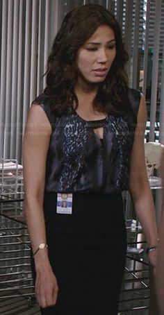 WornOnTV: Angela's grey leopard print keyhole top on Bones | Michaela Conlin | Clothes and Wardrobe from TV
