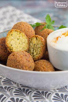przepis-na-falafel-1 Falafel, Tahini, Cornbread, Fit, Ethnic Recipes, Millet Bread, Falafels, Corn Bread