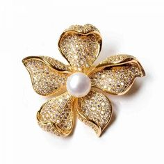 GOLDEN FLOWER PEARL BROOCH ($49) ❤ liked on Polyvore featuring jewelry, brooches, brooch, flower broach, golden jewellery, flower jewellery, golden jewelry and golden brooch