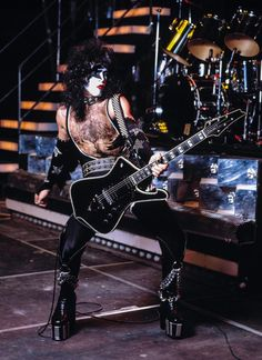 Paul Stanley, Gene Simmons Kiss, Peter Criss, Kiss Pictures, Kiss Photo, Metal Fan, Somewhere In Time, Heavy Rock, Kiss Band