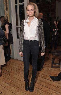 Le look de Cara Delevingne en novembre 2010