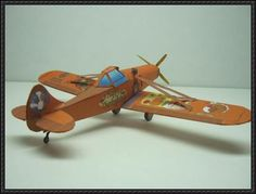 This aircraft paper model is a Piper PA-25 Pawnee, an agricultural aircraft produced by Piper Aircraft between 1959 and 1982, the papercraft was created by Fiddlers Green. ThePiper PA-25 Pawnee re...