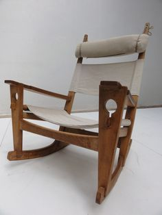 Hans J. Wegner; Oak Keyhole Rocking Chair for Getama, 1967.