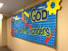 Great way to use the Blueprint Wall Hanging, gears and theme verse! First UMC Hastings, NE www.cokesburyvbs.com