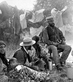 A Gypsy family - 1930