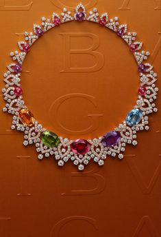 Bulgari Jewelry, Gems Jewelry, Gothic Jewelry, High Jewelry, Luxury Jewelry, Jewelry Art, Jewelery, Vintage Jewelry, Women Jewelry