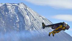 ジェットマン、富士山飛ぶ - MSN産経フォト