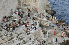 Dubrovnik, bár a tengerparton Walled City, Croatia Travel, Bosnia And Herzegovina, Dubrovnik, Montenegro, Mount Rushmore, Rome, Cruise, Italy