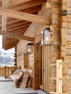 Elegant & Cozy Child-Friendly Chalet Les Anges in Zermatt, Switzerland Chalet Design, Chalet Style, House Design, Zermatt, Cabins In The Woods, House In The Woods, Hotel Chalet, Ideas De Cabina, Chalet Interior