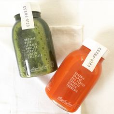 New cold-press juices now in farmshops! Cleanse with b soothed our green juice packed with pear spinach parsley ginger & chlorella or b bright blended with orange red pepper carrot ginger and turmeric. Juice Branding, Juice Packaging, Bottle Packaging, Healthy Juices, Healthy Drinks, Juice Bar Design, Bebidas Detox, Cold Pressed Juice, Food Packaging Design