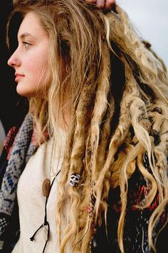 dreads :: Shop Natural Hair Accessories at DreadStop. Mehndi Designs, White Dreads, Dreads Girl, Blonde Dreads, Dreads Women, Dyed Dreads, Beautiful Dreadlocks, Dread Hairstyles, Black Hairstyles