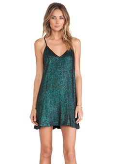 Shop for NBD Champagne Babydoll Dress in Emerald at REVOLVE. Dress Outfits, Casual Dresses, Short Dresses, Fashion Dresses, Cute Outfits, Formal Dresses, Party Outfits, Vestido Baby Doll, Mini Vestidos