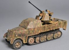 1/35 - 37 mm AA gun on armored halftrack chassis
