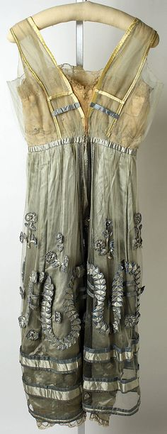Evening dress. Lucile (British, 1863–1935). Date: 1916–18. Culture: British. Medium: silk. Back view. MMA Collections.