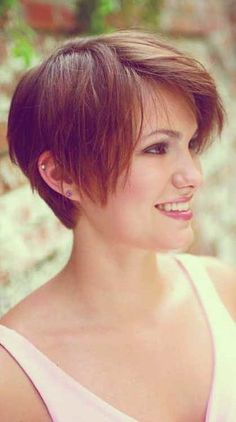29 Latest Short Hairstyles for 2019 to Sport This Season, Latest Short Hairstyles From year to year, a short hairdo is customarily beaten by the arrangements of the most mainstream female hair styles. Latest Short Hairstyles, Short Hairstyles For Thick Hair, Short Pixie Haircuts, Pixie Hairstyles, Short Hair Cuts, Short Hair Styles, Pixie Cuts, Bob Cuts, Hairstyles 2016