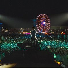 "306 Likes, 1 Comments - Shawn Mendes Facts (@shawn.mendesfacts) on Instagram: ""He did so amazing tonight at Rock In Rio!!!!! @shawnmendes #shawnmendes #mendesarmy…"""