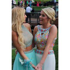 Best friend prom pic