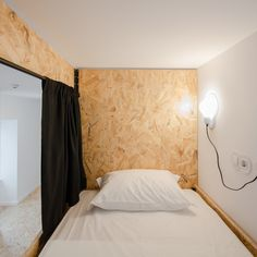 Gallery of Hostel CONII / Estudio ODS - 29