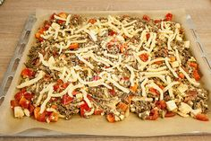 Low Carb - Blitzschnell, lecker & pfiffig Die Schüttelpizza Low Carb fertig für den OfenXXXX Summer Bright Lager XXXX Summer Bright Lager is one of the many beers manufactured in the Australian state of Queensland by Castlemaine Low Carb Pizza, Low Carb Lunch, Low Carb Keto, Ketogenic Recipes, Low Carb Recipes, Vegetarian Recipes, Pizza Recipes, Healthy Recipes, Enchiladas
