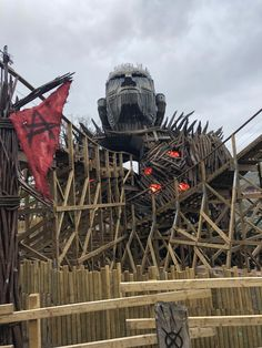Variety of Wicker Man ride photos. Wicker Man is Alton Towers newest rollercoaster. It's the first wooden rollercoaster to be built in England since The last wooden rollercoaster to open in England was Megafobia at Oakwood Park in Pembrokeshire. Wicker Man, Roller Coasters, Amusement Parks, Man Photo, Days Out, Merlin, Towers, New Image, Trick Or Treat