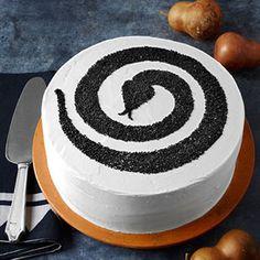 Sneaky snake cake
