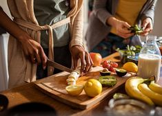 10 High Protein Fruits to Add to Your Diet - PureWow High Protein Fruit, Protein Rich Snacks, Protein Foods, Gnocchi Recipes, Easy Weeknight Meals, What To Cook, Plant Based Diet, Fitness Diet, Muscle Fitness