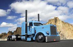 Theme Tuesdays: Slammed Big Rigs - Stance Is Everything Peterbilt 379, Peterbilt Trucks, Custom Peterbilt, Ford Trucks, Show Trucks, Big Rig Trucks, Custom Big Rigs, Custom Trucks, Pick Up