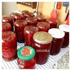 Falošný brusnicový kompót (fotorecept) Pickle Jars, Preserves, Pickles, Salsa, Frozen, Food And Drink, Homemade, Canning, Vegetables