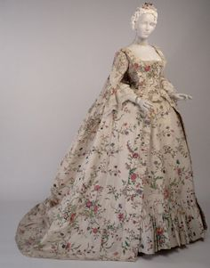 Gown | c. 1763