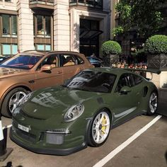 Porsche 911 Cabriolet, Porsche 911 Targa, Pretty Cars, Cute Cars, Classy Cars, Sexy Cars, My Dream Car, Dream Cars, Carrera
