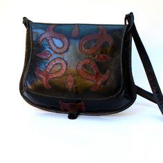 """Képtalálat a következőre: """"szűrminta"""" Saddle Bags, Fashion, Moda, Fashion Styles, Fashion Illustrations"""
