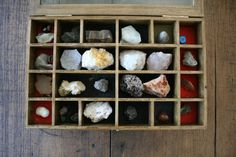 What a wonderful collection of rocks and minerals, all sitting in the little compartments of a beautiful timber display case. Each item is hand-labelled. A great display piece or use for educational purposes.  The case measures 40cm/15.75 long, 25cm/10 wide and 5.5cm/2.5 high and weigh 2.4kg unpacked.  I am unsure whether all the specimens are in the correct spot. There is some deterioration to some of the foam padding  Feel free to browse my other lovely wares because Ill happily combine…