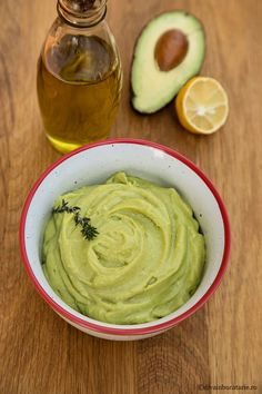 Avocado Pasta, Vegan Recipes, Cooking Recipes, Raw Vegan, Fish And Chips, Guacamole, Pesto, Easy Meals, Food And Drink
